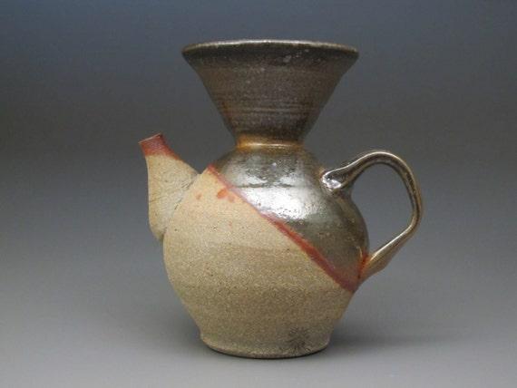 Pour Over Coffee Maker Ceramic : Pour over ceramic coffee maker.