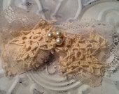Shabby chic, lace and crochet barrette/hair clip, baby or child, wedding, handmade, cream
