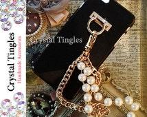 Brazalete Stylish Pearl Gold Chain White Diamond Ring Wristlet Wrist Lanyard Design Hook Stand Jewelr Charm Case For Samsung or iPhone