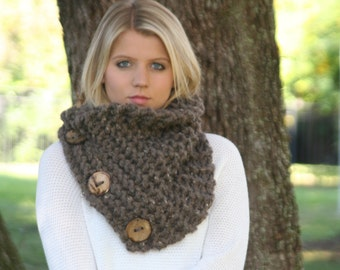 Scarf With Buttons Chunky Knitted Neck Warmer With Three Large Functional Coconut Buttons THE ROCKFERRY Barley