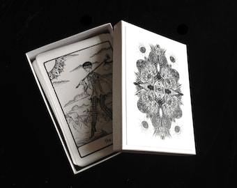 The Efflorescent Tarot Deck: Black and White Cards