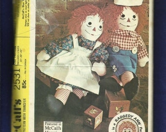 Vintage 1970 McCalls 2531 Raggedy Ann & Andy Dolls Three Sizes 15 20 25 inches Tall