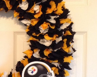 "18"" Pittsburgh Steelers Fabric wreath--Picture displays how wreath will look with team logo (must be attached by consumer)"