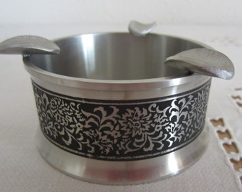 Pewter Ashtray with Floral Band from Renaissance Pewter Malaysia Vintage - Small Decorative Ashtray - Tobacciana Silver Tone