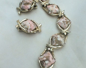 Pink Confetti Lucite Bracelet with Earrings, 1950s Retro Vintage Jewelry Set SPRING SALE