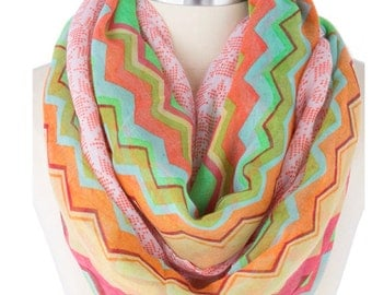 Chevron print Infinity Scarf, colorful large Scarf, Popular shops Items, lightweight summer  Gift  ideas - By PiYOYO