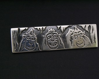 Monkey Selfie Sterling silver brooch - Ooak - hand painted and hand etched - Macaques
