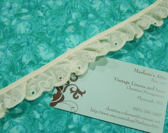 1 yard of 1 inch Ivory Ruffled Eyelet lace trim for sewing, costume, bridal, baby, housewares, couture by MarlenesAttic - Item ZZ8