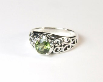 Lime Green Tourmaline, 6mm x 0.86 Carat, Round Cut, Sterling Silver Ring