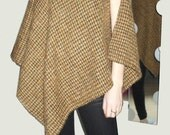 Handwoven Poncho Brown and Honey Color, Wool, Mohair,Cotton - Autumn Wrap - Winter - Cape Cloak - Accessory - Metal Buckles - Angled Hemline