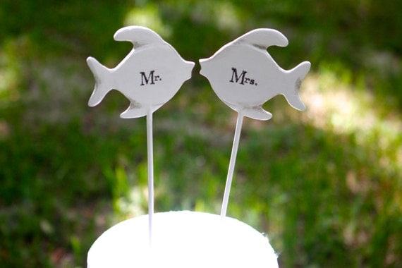 "Kissing Fish Cake Topper | Beach Wedding | Coastal Wedding | 4"" | Free Shipping"