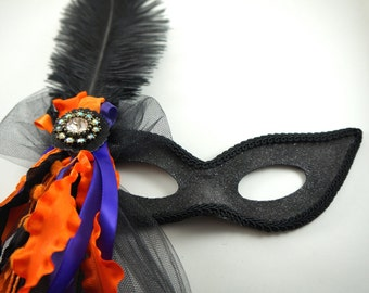Cascading Ribbons and Jewels Halloween Mask