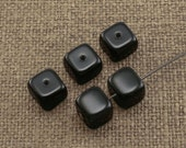 Black cube, opaque beads, czech glass 8mm (20)