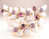 Rhinestone Brooch Milk Glass Lava Glass Art Glass Vintage Beauty Lustrous A B Coating On Lava Glass Stones