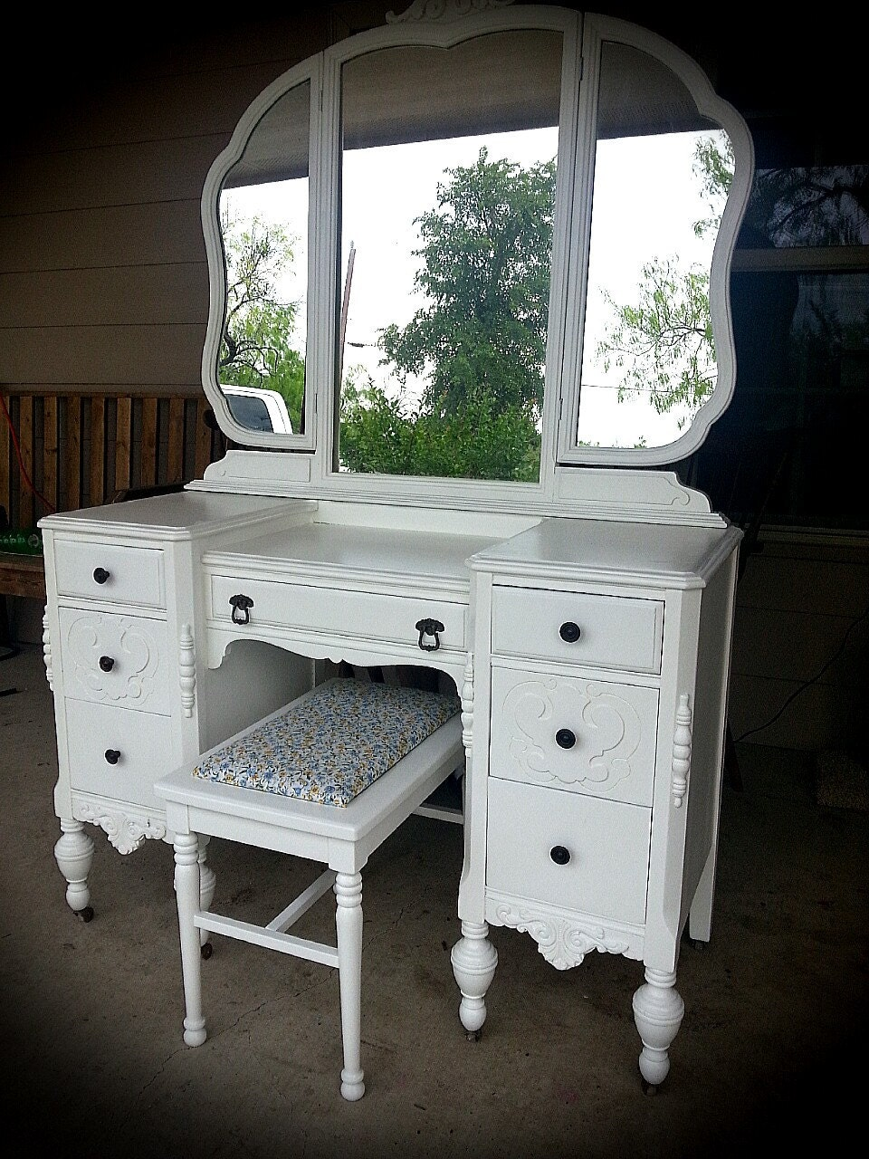 Painted Dressing Table ~ Sold vintage vanity dressing table painted with mirror and