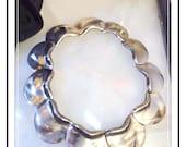 Vintage Modernist Necklace - Stunning Large Heavy Scalloped  -  Neck-1465a-111613015