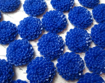 Royal Blue Mum Cabochons / 10 pcs Blue Cabochon Flower, Dahlia, Flat Back Flower, Perfect for Bobby Pins, Pendants and More