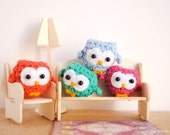 Cute owl keychain, owl decor, colorful and soft keychain, Made to order