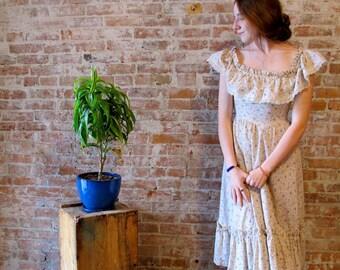 Gunne Sax - 1970s Dress - Peasant Dress - Flower Print - Off Shoulder - Sun Dress - Small - Vintage Dress - Gypsy Dress Lace Trim
