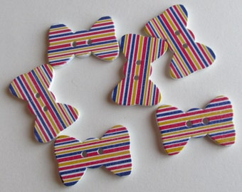 Stripey Wooden bow tie buttons