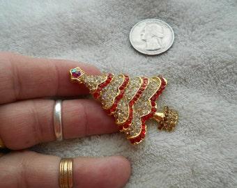 Vintage Pin--STUNNING Crystal Christmas Tree-P3659