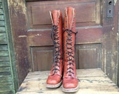 Vtg 1960s // Rustic Brown Leather Tall Lace Up Boots // Size 6 US