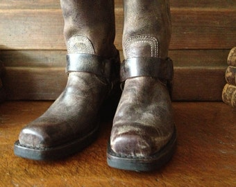 Vintage USA Frye ~ Brown Leather Biker Harness Boots // Size 6 US