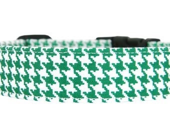 Kelly Green Houndstooth Dog Collar/ St. Patrick's Day Dog Collar: Kelly Green Houndstooth