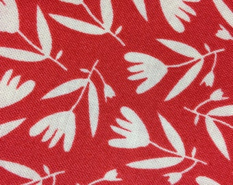 Organic Petite Fleur- Tossed Flower - Fat Quarter in Red by Carolyn Gavin - Organic Cotton - 39525