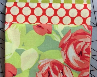Amy Butler Tumble Roses Fat Quarter Bundle with Full Moon Dot Lime and Cherry #20