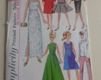 Vintage Simplicity Pattern 6208 Fashion Doll Wardrobe for Barbie, Babs, Midge, Misty, Mitzi, Annette and More  Factory Fold