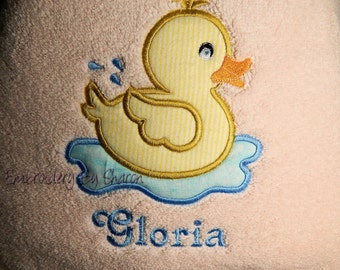Personalized  kids Bath Towel - Ducky Towel, Great Baby or Toddler gift