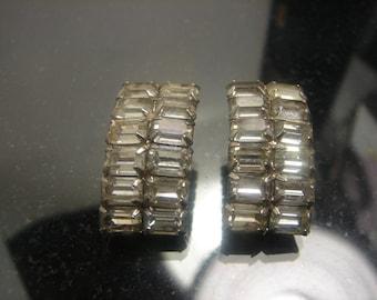 Beautiful Clear Rhinestone Clip Earrings 1098