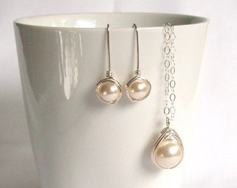 Bride Jewelry Set, Sterling Silver Jewellery Set, Swarovski Cream Pearl Earring and Pendant Set, Wire Wrapped Jewelry Handmade