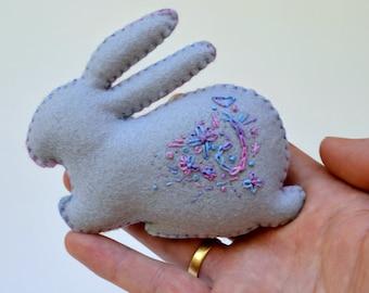 Felt Rabbit for Easter. Hand embroidered Felt animal softie. ONE Ornament. Imaginative Play. Decoration. Stuffed bunny Easter gift Australia