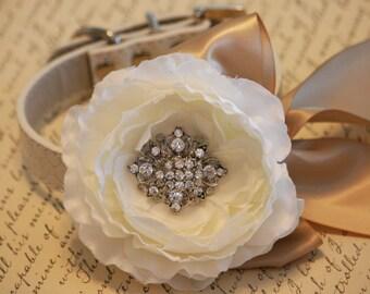 Ivory Floral Dog Wedding collar, Ivory wedding, dog lovers, collar with flowers and rhinestone