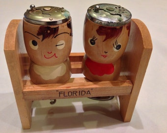 Adorable retro Florida souvenir-- Salt/Pepper shakers, bottle opener, corkscrew