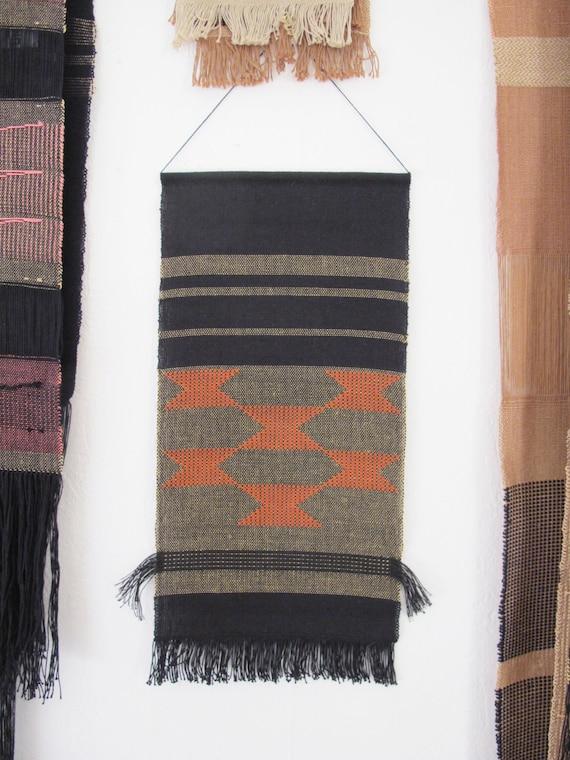 tenture murale tiss e main art textile tissage par latorna. Black Bedroom Furniture Sets. Home Design Ideas