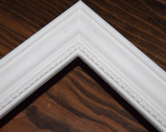11 x 14 Made to Order Picture Frame ~ Beaded inner lip ~ Hand Painted Heirloom Lace White ~ Choice of 36 Colors ~  3/4 inch wide Moulding