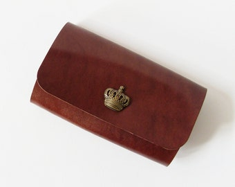 Leather Key Holder - Leather Key Case in Brown with Crown Button - Gift for Men - Handmade and Hand Stitched - Free Monogram