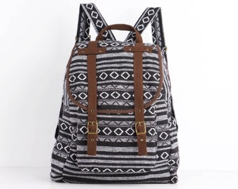 Black/White Backpack Indian Native American Aztec Tribal Lightweight Lined (Brown Trim)