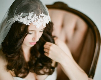 Juliet Cap Veil with Floral lace, Kate moss style veil, knee length veil, ivory, white, champagne veil