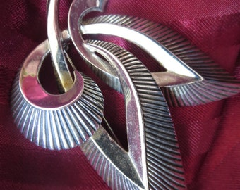 Vintage 1960s Abstract Fleur de Lis Silver Pin by Marcel Boucher