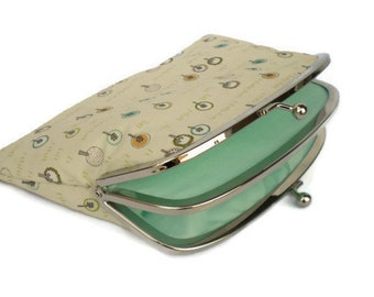 Kawaii coin purse in pastel colours, double frame wallet with tree design and 2 compartments