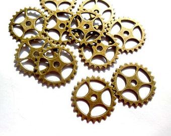 6 Antique Bronze Steampunk Gears - 21-40-1