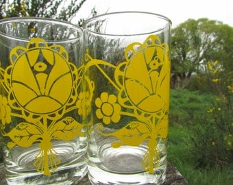 Yellow Flower Power Juice Glasses