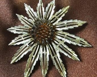 Retro Jewelry, Flower Child Jewelry,Sixties Jewelry, Sunflower Brooch or Pendant,  Sixties Sunflower,  Sarah Coventry Brooch Pendant,