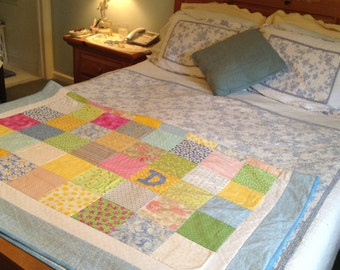 Personalized Quilt -Quilt with Name- Patchwork Quilt-Wedding Quilt- Handmade Quilt- Anniversary Quilt with Two Borders
