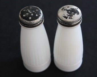 Vintage Pair Milk Glass Shakers Black Metal Lids