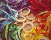 Color Wheel Rhythm Rings // Wooden Dancing Ring // Waldorf Hand Kite // Natural Gift  // Party Favor // Vegan //Montessori